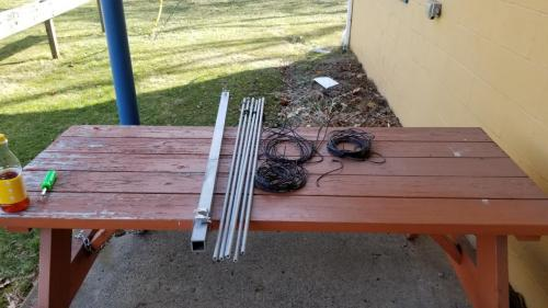 40 meter add on kit separated from the rest of the antenna